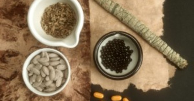 Chinese Herbal Medicine image